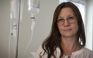 Sjuksköterskan Susanne Hägglund tröttnade på spill vid byten av urinkatetrar och hittade en lösning som nu är en färdig att lanseras på marknaden.